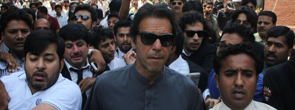 In US, Imran Khan & Bajwa Want to Replace Suspicion with Personal Chemistry. It's Not Easy