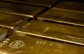 Three Times the Price of Gold Collapsed — And Lessons for Today